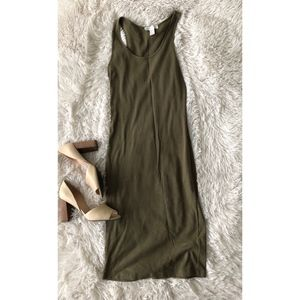 FOREVER21 olive green racer back midi dress